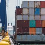 UNCTAD изучает причины повышения тарифов на контейнерные перевозки во время пандемии COVID-19.